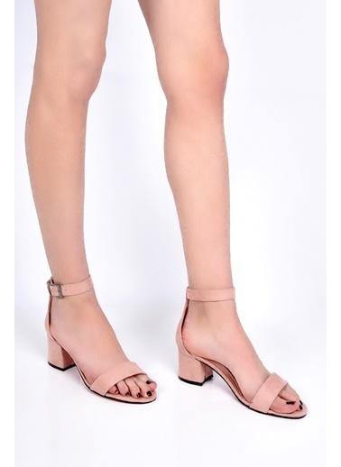 Sapin Kalın Topuklu Ayakkabı Pudra
